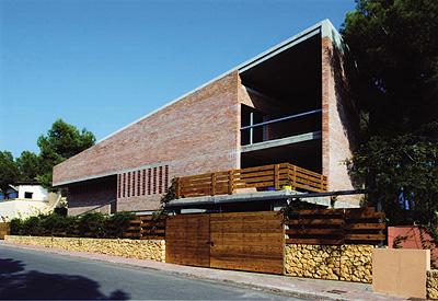 Premio de arquitectura con ladrillo arquitectura inteligente - Arquitectos tarragona ...